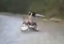 video-moto-controla-a-biker