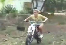 video-mujeres-en-moto