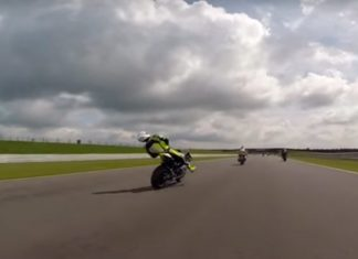 motocicleta-desmaya-225-km-por-hora