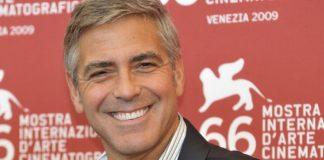 George Clooney Sufre un accidente en moto (1)